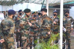 Western Command commander visits Jammu