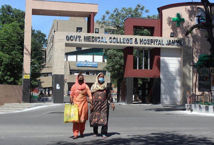 30% posts of faculty members lying vacant in GMC&AHs